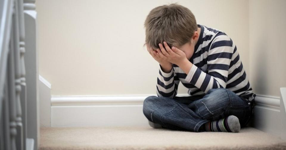 25 признаков человека, пережившего эмоциональное насилие в детстве