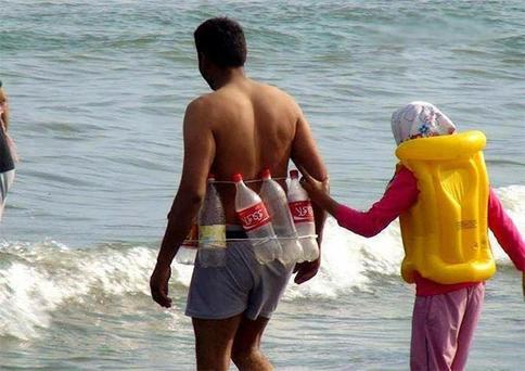 Веселые пляжные фото, которыми люди просто не могли не поделиться
