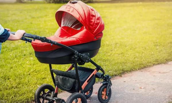 7 бесполезных детских товаров, которые многие родители продолжают покупать