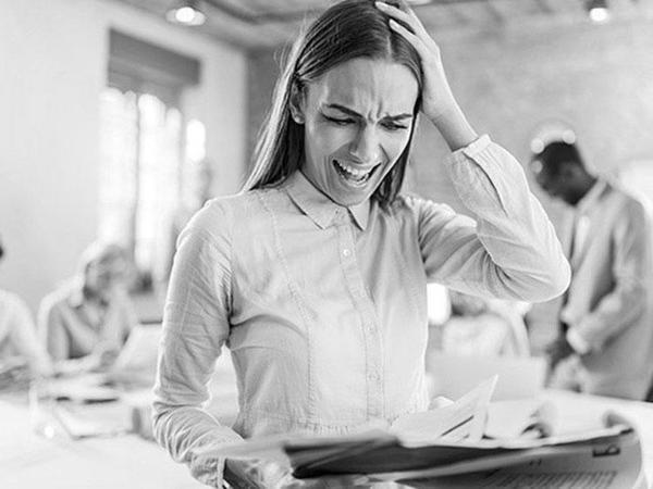 8 признаков, что вам кто-то завидует - и как это исправить