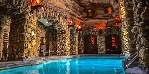 10 странных курортов со всего мира для самого необычного отдыха