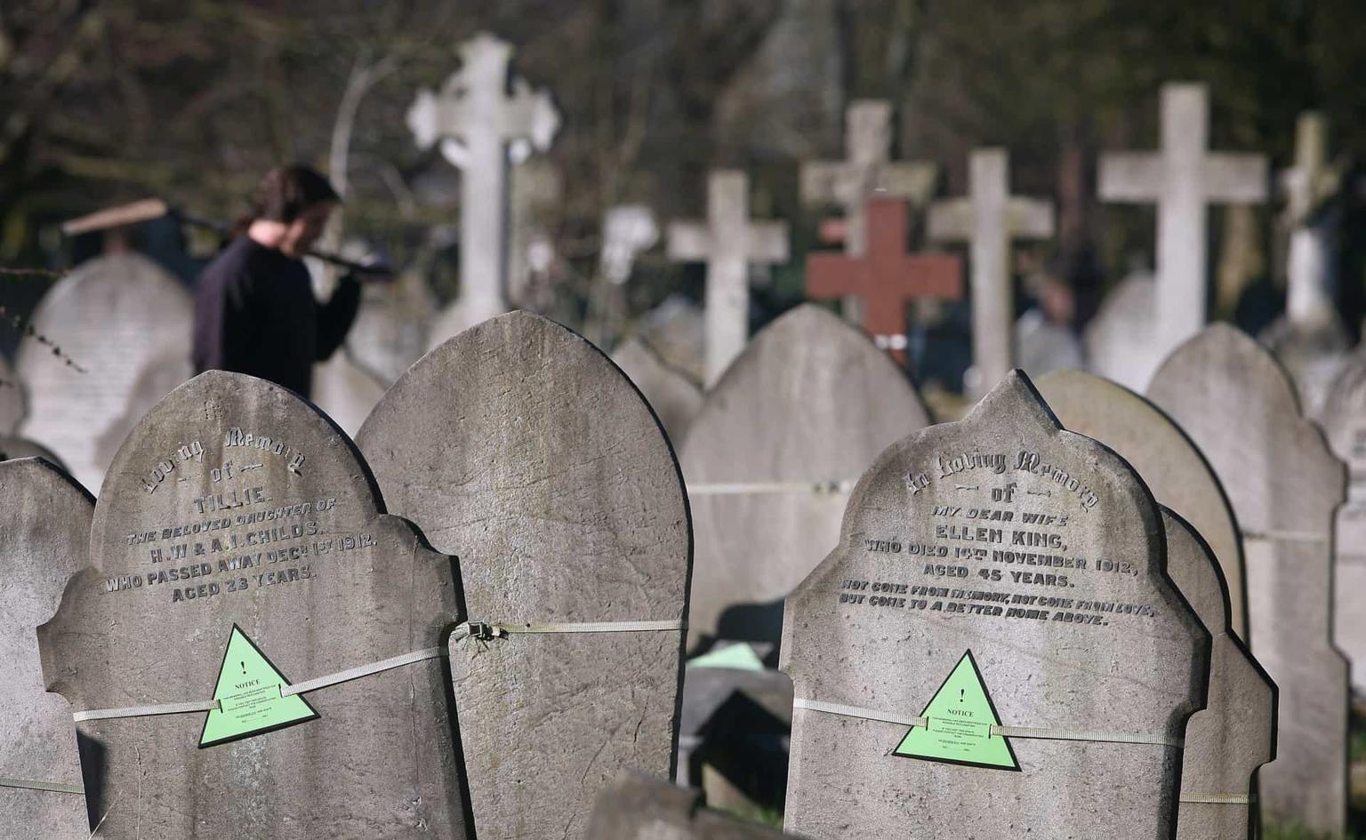 30 самых сумасшедших завещаний умирающих знаменитостей