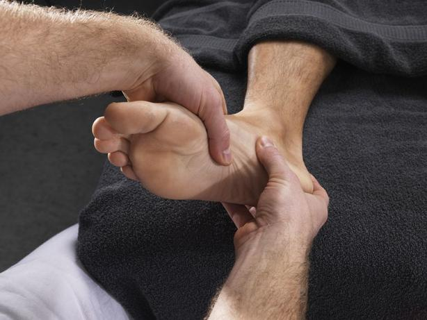 6 лучших упражнений и домашних средств от подошвенного фасциита