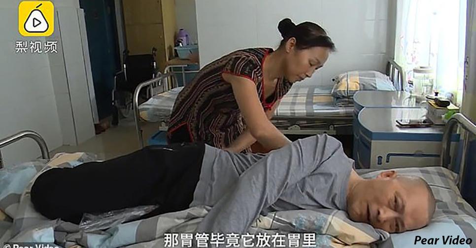 Китаец проснулся после 5 летней комы: жена ухаживала за ним по 20 часов в день