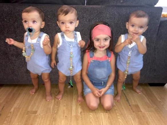 Мама родила тройню близнецов: шансы на такое — 1 к 200 миллионам!