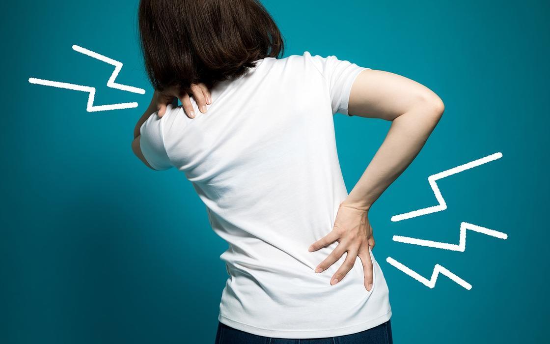 10 упражнений от боли в спине, которые нужно делать на ноги