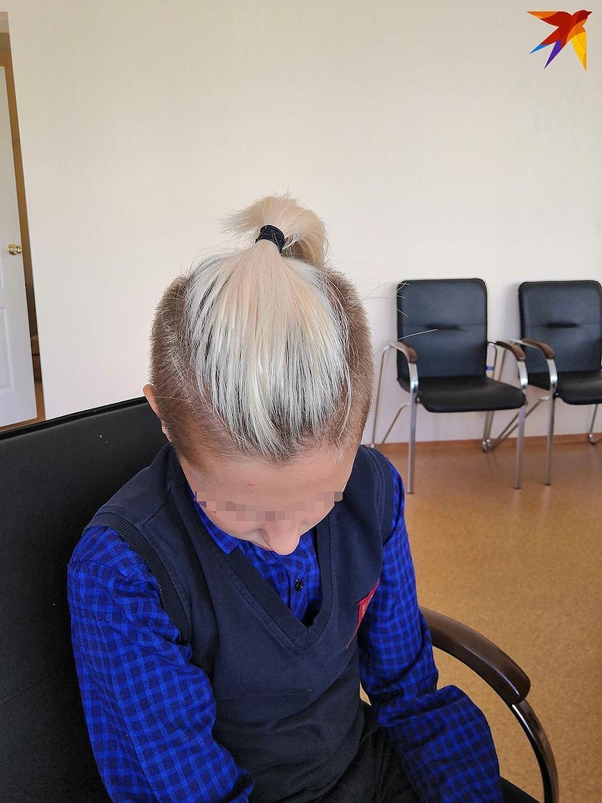 Школа потребовала от ученика «сбрить» причёску. Вот что сделали родители