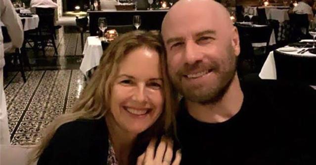«Спасибо за всю твою любовь»: Джон Траволта женат уже 28 лет