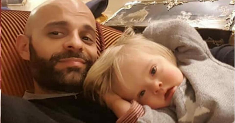 Одинокий папа усыновил девочку с синдромом Дауна, отвергнутую 20 семьями