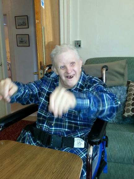 Старейшему в мире человеку с синдромом Дауна исполнилось 77 лет