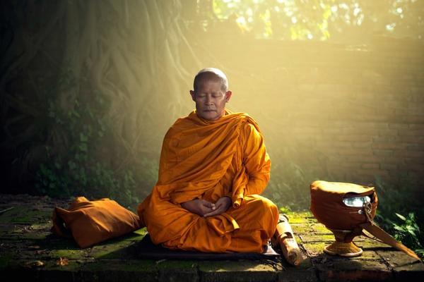 Согласно буддизму, есть семь вещей, которые никому нельзя говорить