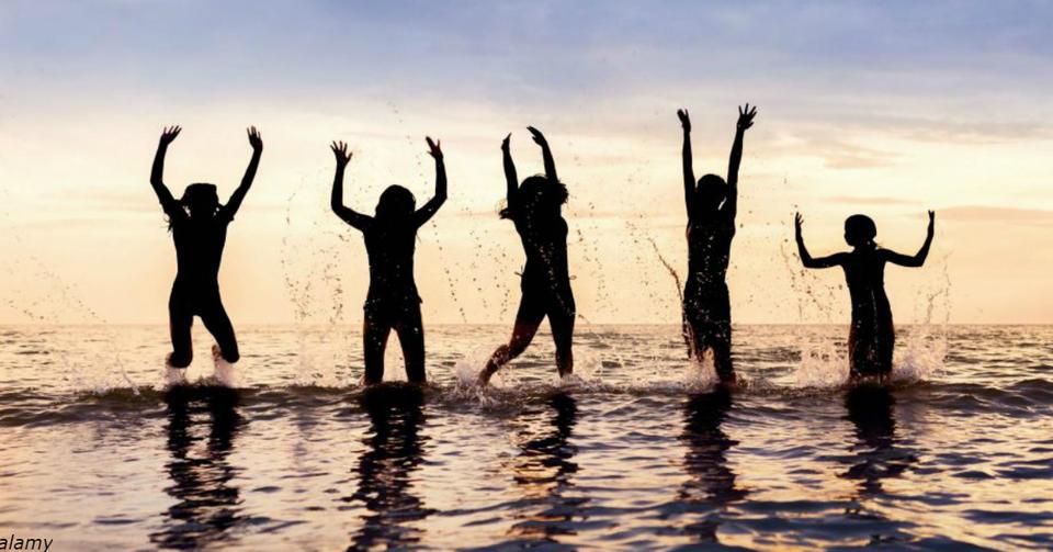 ″Окружите себя позитивными и любящими людьми″. 7 признаков подлинной дружбы