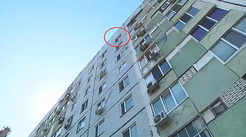 8-летний украинец выпрыгнул с окна 9 этажа, спасаясь от родителей