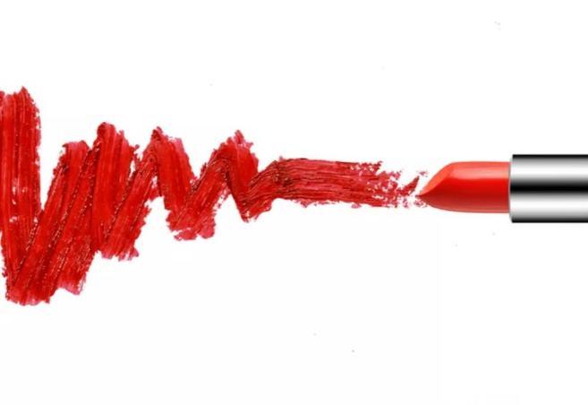 Красная помада против синяков под глазами и другие эффективные и экономные лайфхаки для прекрасных особ