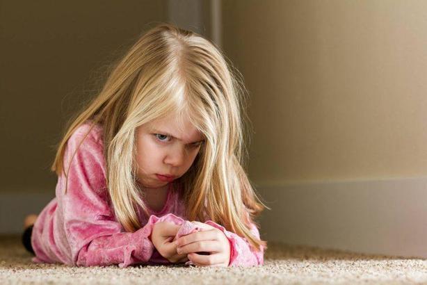 Ребенок - зеркало семьи: если чадо капризничает, стоит обратить внимание на свои отношения