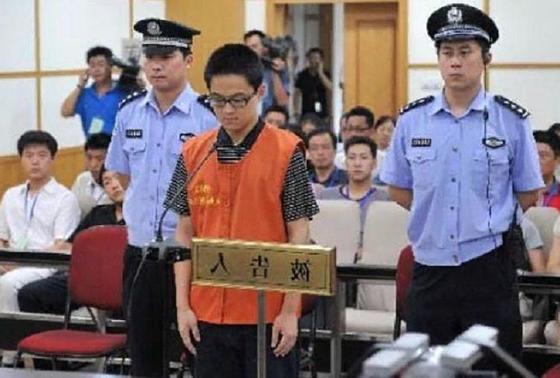10 явлений в Китае, которые вводят в ступор весь остальной мир: они заботятся, чтобы кожа лица была белой, также там можно заплатить человеку, чтобы он отсидел за вас в тюрьме