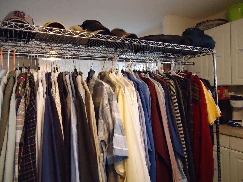 В начале сезона выбор больше, цены выше: как сэкономить на покупке зимних вещей без ущерба для стиля