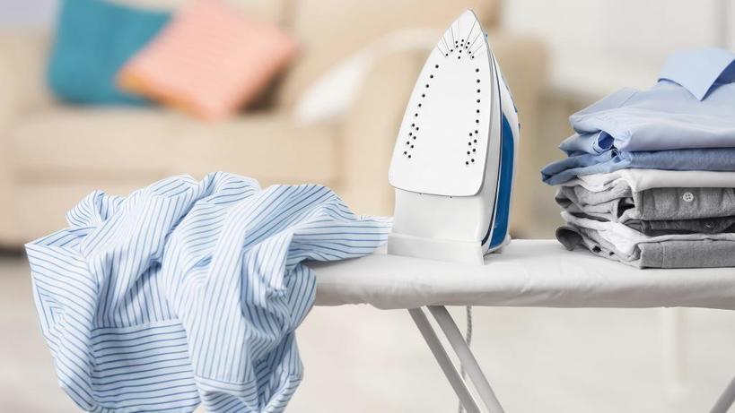 Ненавидите гладить? Простой лайфхак с фольгой сократит процесс глажки в два раза