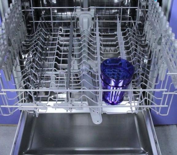 Я не трачу деньги на средство для чистки посудомоечной машины, а делаю его сама: запах и грязь исчезают надолго