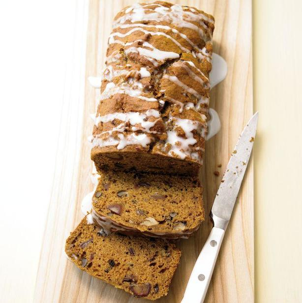 Вкусный и питательный тыквенно-финиковый хлеб с глазурью. Рецепт приготовления