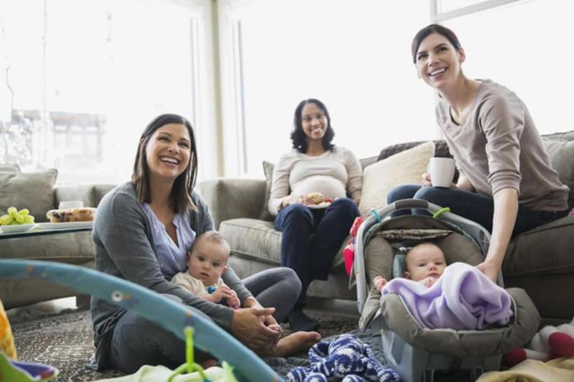 Когда ребенка переводят на искуственное питание: в каких случаях у мам появляется чувство вины и что с этим делать