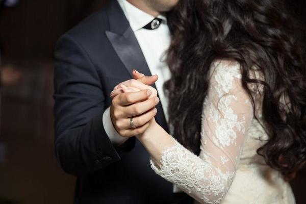 Милена была счастлива в браке, пока не объявилась бывшая мужа, бросившая его в трудный момент