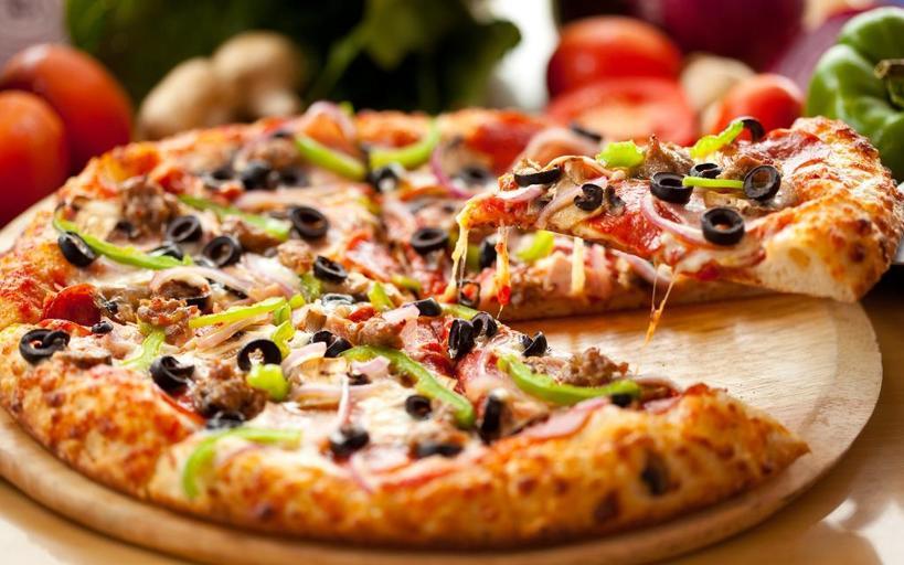 Подруга привезла из Италии рецепт идеального теста для пиццы: теперь готовить ее одно удовольствие
