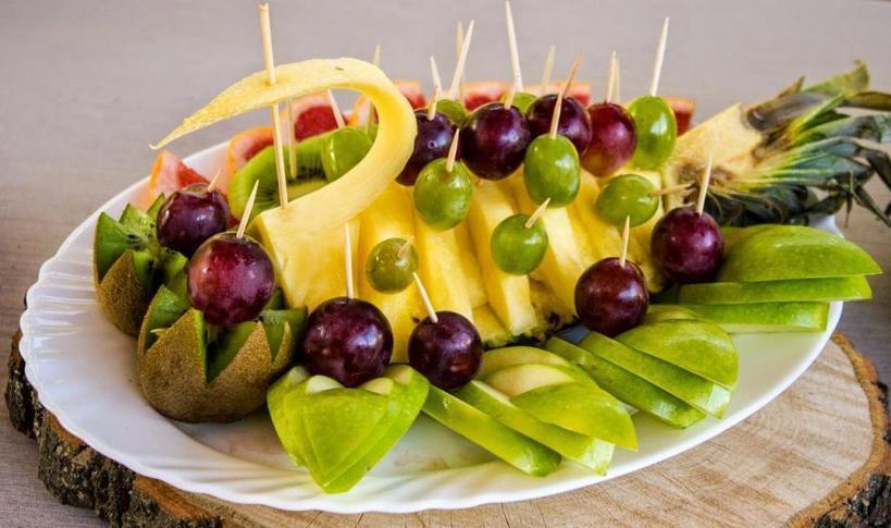 Создаем шедевры на кухне. Скатерть самобранка: как красиво нарезать овощи на праздничный стол