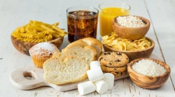Как быстро похудеть без вреда для организма   отказаться от неправильных углеводов. Исключаем из рациона фруктовые соки и сухофрукты