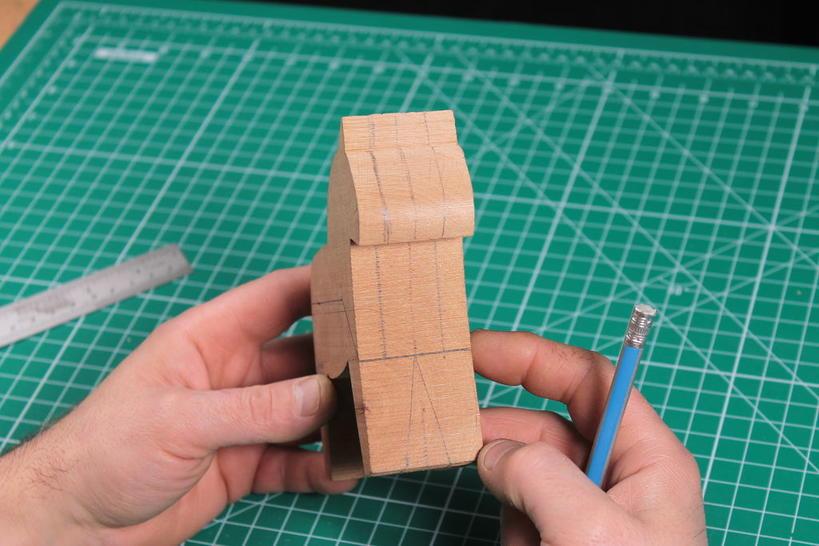 Мне всегда нравились деревянные игрушки: оказывается, сделать красивую лошадку совсем не сложно