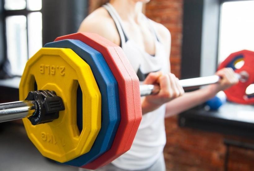 Мой друг фитнес-тренер рассказал, как быстро восстановить силы после тренировки. В первую очередь нужно оградить себя от стрессов