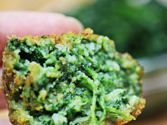 Фрикадельки со шпинатом и сыром рикотта, без мяса: хрустящие снаружи, мягкие внутри