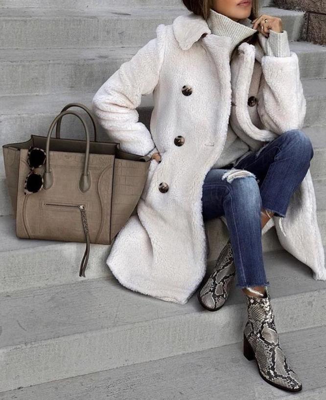 По совету стилиста купила на зиму пальто из искусственного меха. Делюсь другими тенденциями зимы 2020