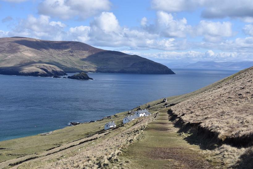 В Ирландии есть райский остров для интровертов — и вам заплатят за жизнь тут