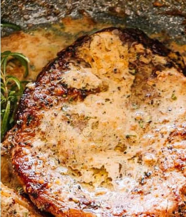 Нежный стейк из говядины в сливочно коньячном соусе   любимое блюдо мужа