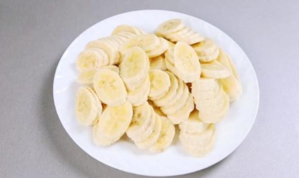 Лучший банановый десерт без выпечки. Не понадобится даже сливок и творога!