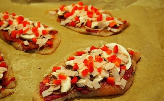 Куриные отбивные а-ля пицца за 30 минут: блюдо, которое покорило всю мою семью