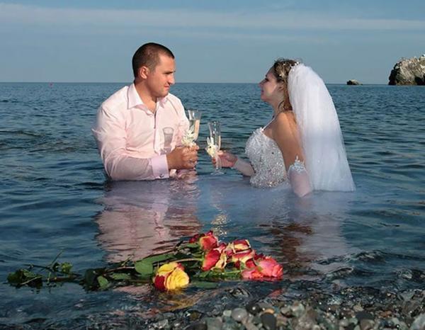 Свадебное гуляние шло своим чередом, пока не появился креативный фотограф (подборка фото)