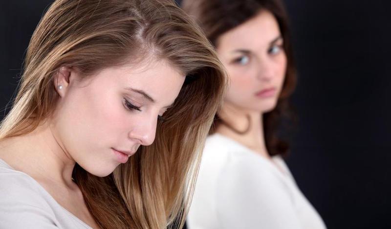 Влада все реже заходила к лучшей подруге в гости. Она не могла рассказать девушке о себе и ее муже