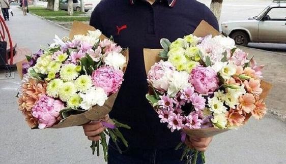 Чтобы чувствовать себя лучше, эксперты рекомендуют держать в комнате определенные букеты цветов