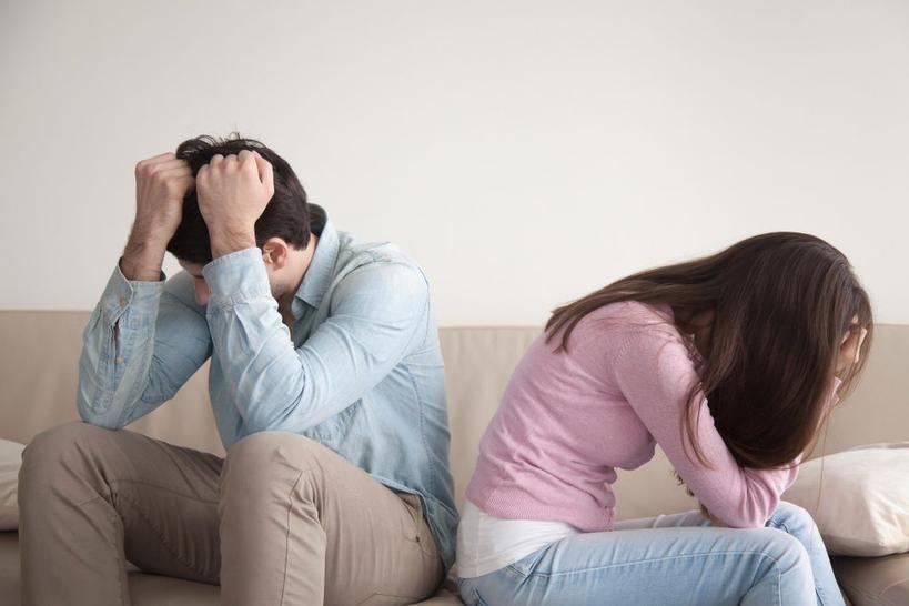 Мы с мужем и подумать не могли, что свекровь закрутит роман с тестем, а потом и вовсе переедет к нам жить