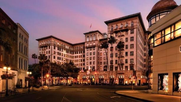 Отель Beverly Wilshire в самом сердце Беверли-Хиллз - место, которое удовлетворит все ваши ожидания