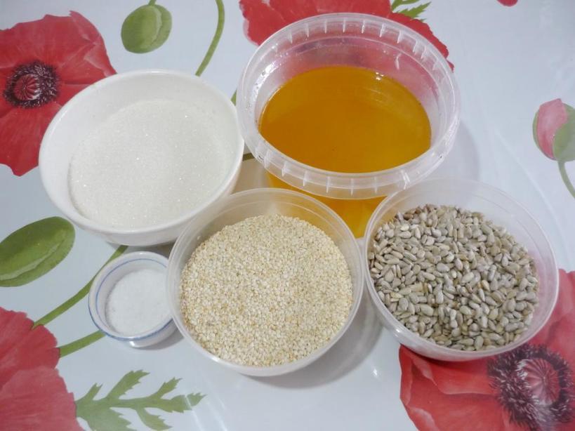 Зимние десерты: 6 лакомств на основе кунжутных семечек, которые помогут согреться