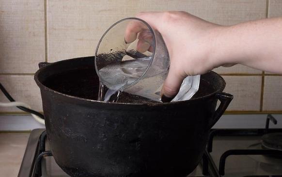 Как сделать духи из розовой воды в домашних условиях: я уже много лет пользуюсь этим способом