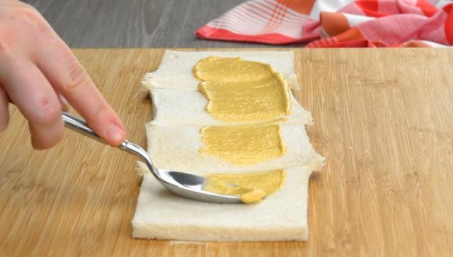 Никто не останется голодным: гигантский бутерброд с ветчиной и сыром в виде торта
