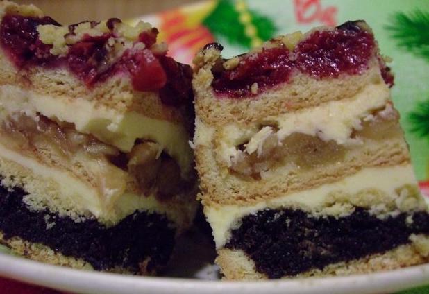 Тортик  Трио  с вишней, яблоками и маком. Вкус и внешний вид   на высоте