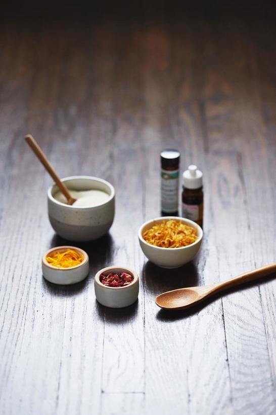 Бюджетный и работающий домашний скраб: рецепт с бергамотом и цедрой апельсина