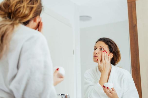 7 привычек обладателей здоровой и сияющей кожи: мягкое умывание и не только