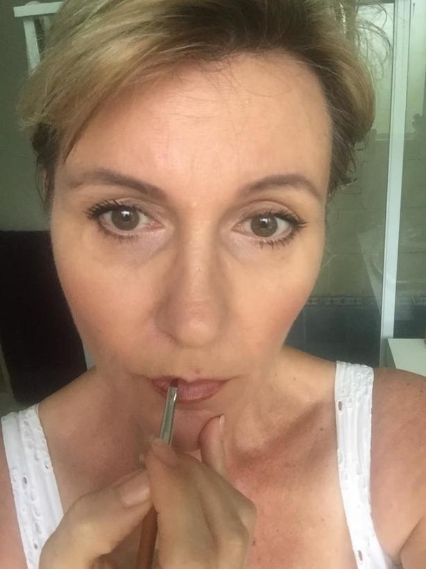 4 шага – и губы выглядят идеально: я научилась накладывать помаду профессиональным способом