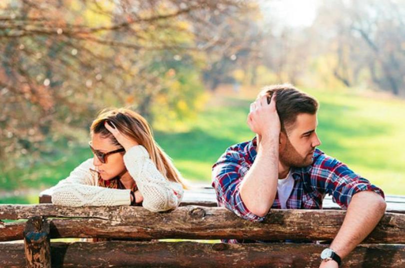 Гулять с друзьями, быть добрее: как быстрее всего пережить расставание и забыть человека